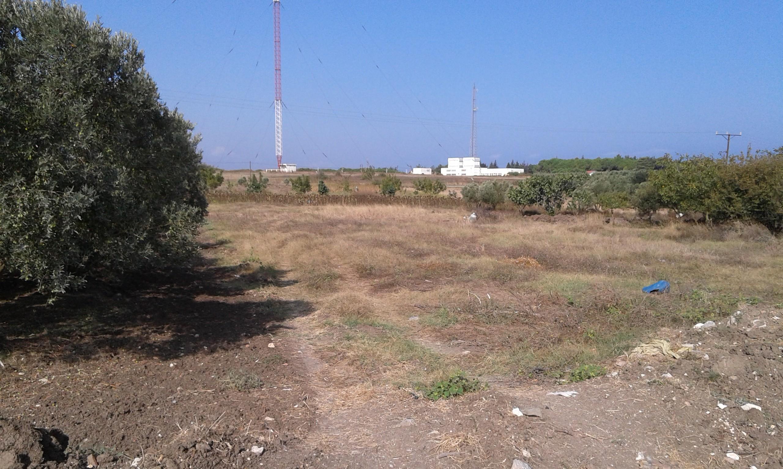 Eşkelde Satılık Arazi 945 m2